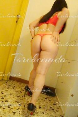 Piccola orientale Accompagnatrice Girl Montecatini Terme