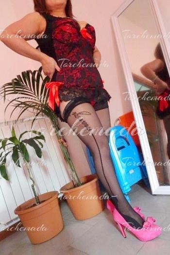 Culona matura Accompagnatrice Girl asiatica Prato