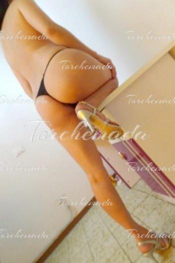 Asiatica Spaziale Accompagnatrice Girl massaggi Prato