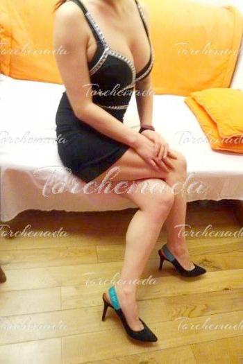 Intellettuale Escort Girl orientale Prato