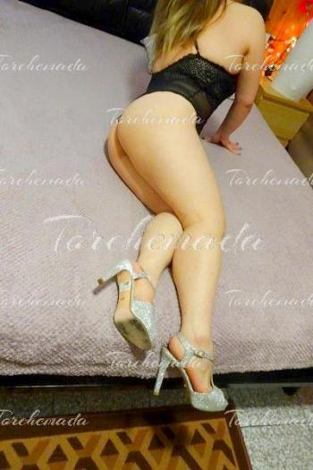Giovane 20 enne Accompagnatrice Girl analsex Firenze