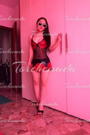 Puttanella Escort Girl foto reali Firenze